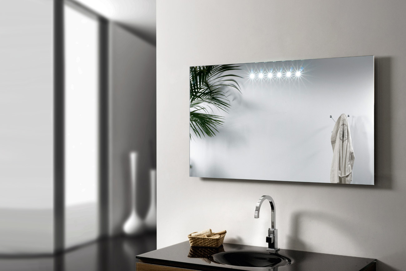 Led info bagno design arredobagno arredamento bagno for Specchio con luci ikea